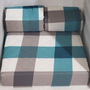Bed Spread 3 piece set size Queen